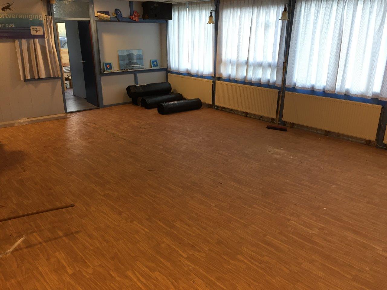 nieuwe vloer in het clubgebouw